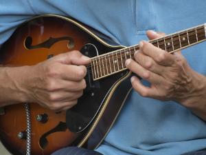 Mandoline-Spielweise