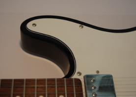 Cutaway an einer Telecaster-Gitarre