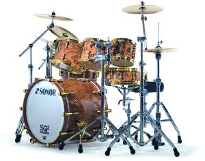 Bass Drum als Teil eines Drum Sets (Sonor)